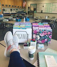 Classroom goals - Love how simple and clean her classroom decor looks! English Classroom, Classroom Setting, Classroom Setup, Classroom Design, School Classroom, Future Classroom, 7th Grade Classroom, Elementary Teacher, School Teacher