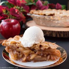 EASY HOMEMADE APPLE PIE. A foolproof flaky pie crust along with a simple 4 ingredient filling. Homemade, from scratch and tasty!