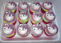 Fondant unicorn cupcake toppers by Joanne Andrews