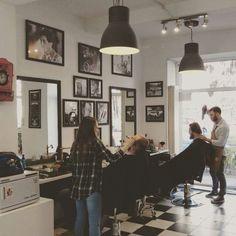 The Barber in București, București