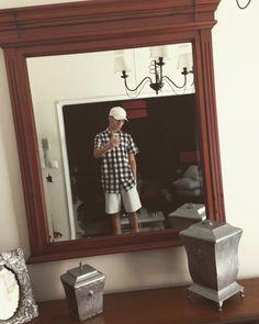 ⚪️⚫️ Oversized Mirror, Ootd, Frame, Furniture, Home Decor, Homemade Home Decor, A Frame, Home Furnishings, Frames