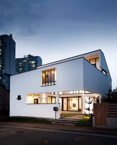 Modern home design Modern Architecture House, Modern House Design, Interior Architecture, Style At Home, Brick Cafe, Small Buildings, Facade House, Home Fashion, Interesting Buildings