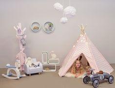Bookcases from Alice & Fox | Kidsroom | Jollyroom - http://www.jollyroom.se/produkter/alice-fox-bokhylla-cirkel-4-p-bla #jollyroom #inspiration #jollyinspo #inspo #förvaring #storage #inredning #interior #aliceandfox #barnrum #kidsroom #barn #kids