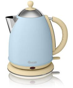 Blue and cream kettle - would make a lovely country kitchen colour scheme