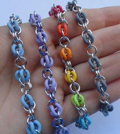 """chainmail """"Joep!"""" Autism Awareness digital tutorial - Make your own Joepie! - Chainmaille maille EPDM rubber O-rings sawcut jumprings"""
