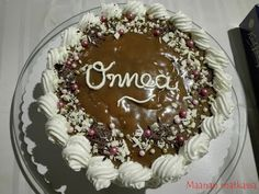Maanan matkassa: Kinuskikakku vol. 6 Tiramisu, Birthday Cake, Ethnic Recipes, Desserts, Food, Tailgate Desserts, Deserts, Birthday Cakes, Essen
