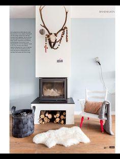 like this simple fireplace Cosy Fireplace, Simple Fireplace, Fireplace Modern, Cozy Reading Corners, Cozy Corner, Living Room Inspiration, Interior Inspiration, Tadelakt, Interior Decorating