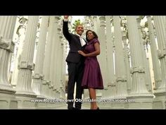 Barack Obama on 'Gangnam Style': 'I think I can do that move' Viral Advertising, Parody Videos, Funny Videos, Obama Funny, Oppa Gangnam Style, Fb Like, Diy Fashion, Womens Fashion, I Love To Laugh