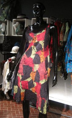 vestido patchwork de seda y fieltro Celia Mikkelsen www.artefieltros.com