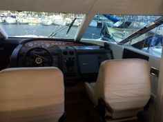 Her Captain insist driving from the flybridge?