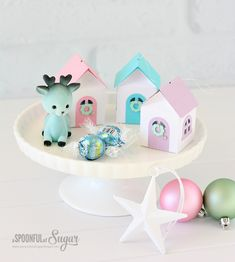 3D Christmas House Ornaments - A Spoonful of Sugar  @silhouettepins  #silhouetteportrait