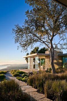 Carpinteria foothills residence, Santa Barbara. Neumann Mendro Andrulaitis Architects.