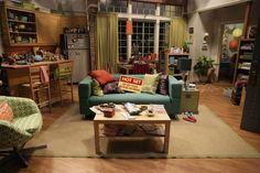 Apartamento Penny - The big bang theory Cute Apartment, Apartment Layout, Dream Apartment, Apartment Living, Apartment Ideas, Tbbt, Big Bang Theory Penny, The Bigbang Theory, Colourful Living Room