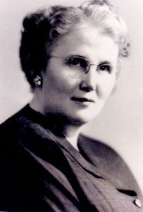 Louise McManus, the first nurse to earn a Ph.D., was central to establishing schools of nursing in colleges and universities, which provided the fundamental basis for a nursing science to evolve. McManus created the Institute for Nursing Research at Teachers College, Columbia University, and worked tirelessly with the state boards of nursing, state legislators and national nursing organizations to develop a standardized national approach to nursing licensure.