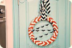 Cute chevron Halloween wreath!