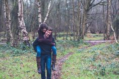 Outdoor Engagement Shoot | Adele Behles Photography | Engagement Photography | Lifestyle Photography