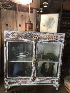 Petite vitrine en laiton XIXEME Decoration, Bar Cart, Furniture, Home Decor, Small Display Cabinet, Window Glass, Brass, Decor, Decoration Home