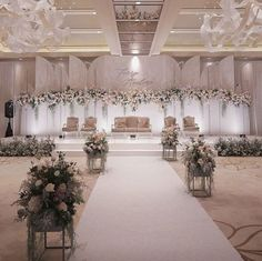 [New] The 10 Best Home Decor (with Pictures) - For a wedding backdrop, you can choose a unique and asymmetrical design and then be beautified with a range of . Wedding Backdrop Design, Wedding Stage Design, Wedding Reception Backdrop, Wedding Backdrops, Wedding Receptions, Wedding Mandap, Reception Ideas, Indoor Wedding Decorations, Wedding Centerpieces