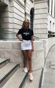 This skirt is the best for casual looks - . - This skirt is the best for casual looks – - Cute Summer Outfits, Trendy Outfits, Cute Outfits, Fashion Outfits, Work Outfits, Tumblr Summer Outfits, Disco Outfits, Holiday Outfits, Simple Outfits