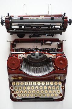 Vintage RARE 1940 MAHOGANY Rheinmetall Typewriter Portable | Etsy Treaty Of Versailles, Antique Typewriter, Vintage Typewriters, I Shop, Tools, Writing, Etsy, Design, Instruments