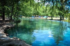 Escápate a la Laguna de la Media Luna en Rioverde