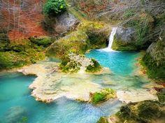 Nacedero del río Urederra. Sierra de Urbasa y Andía, Navarra