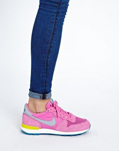 Nike Internationalist Pink Trainers