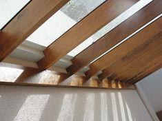sistema de calhas para pergolado com cobertura de vidro