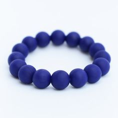 These are soooo cute and made of silicone so safe for bubs to chew on.  Great maternity gift. Bracelet - Ink Blue www.bubbagumhq.com
