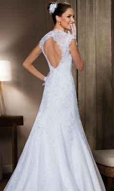 Sexy sem ser vulgar: veja 20 vestidos de noiva sensuais e elegantes - Casamento - UOL Mulher