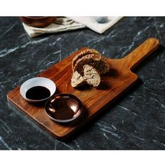 Just Slate Sheesham Wood Serving Paddle and Bowl Set (290 PLN) ❤ liked on Polyvore featuring home, kitchen & dining, serveware, bread serving dish, bread dishes, serving dish, hostess serving set and serving set
