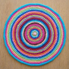 Love the mandala A creative being made this week. Link to pattern in post.  ✿Teresa Restegui http://www.pinterest.com/teretegui/✿