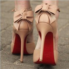 Louboutin - back bow nude shoes