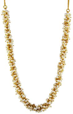ALICE: The freshwater pearls are handpicked with delicacy and arrayed to give a beautiful 1299 SEK gold-tone necklace! Click on the pin for more details.