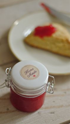 Erbeer-Minz-Marmelade und Erdbeer-Holunder Marmelade