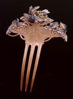 Rene Lalique Art Nouveau | Le coffret à bijoux…                                                                                                                                                                                 Plus