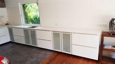 Weiße #Arbeitsplatten eignen sich für jeden Einrichtungsstil. Wenn es zum Aussehen kommt, gibt es viele Materialien zur Auswahl, wie  z.B. #Silestone.    http://www.arbeitsplatten-deutschland.com/silestone-arbeitsplatten-perfekte-silestone-arbeitsplatten