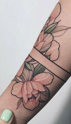 60 Dreamcatcher Tattoo Designs for Women Mini Tattoos, Body Art Tattoos, Small Tattoos, Sleeve Tattoos, Tattoo Side, Arm Band Tattoo, Natur Tattoo Arm, Feminine Tattoo Sleeves, Geometric Tatto