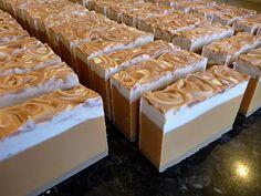 caramel vanilla coffee soap Diy Soap And Shampoo, Homemade Shampoo, Handmade Soaps, Diy Soaps, Coffee Soap, Diy Scrub, Bath Soap, Lotion Bars, Cold Process Soap