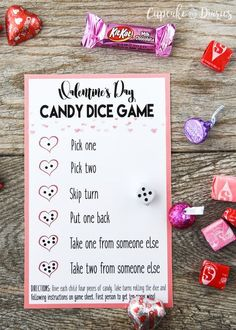 Valentine's Day Candy Dice Game - A perfect game to play during a classroom party or at home with the family! Valentine's Day Candy Dice Game - A perfect game to play during a classroom party or at home with the family! Valentinstag Party, Kinder Valentines, Valentines Day Party, Valentine Day Crafts, Valentines Party Ideas For Kids Games, Valentines Day Activities, Kindergarten Valentine Craft, Ideas Party, Ideas