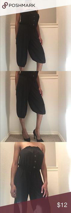 🎈🎉Host pick🎉🎈🌹 Black tube tob jumpsuit with faux buttons. Pants Jumpsuits & Rompers