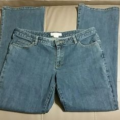 Michael Kors Straight Leg Jeans Great used condition. No signs of wear. Size 12 Straight Leg jeans. Inseam 30 inches Michael Kors Jeans Straight Leg