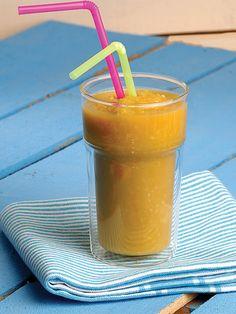Avocado lemon carrot apple (lowers cholesterol and sugar .- Avokado limon havuç elma( kolestrolü düşürürkan şekerini dengelerka Avocado lemon carrot apple (lowers cholesterol while balancing sugar) -