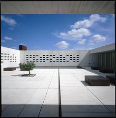 es/cordoba/madinat al zahra/09    Madinat al Zahra Museum in Cordoba, Spain by Nieto + Sobejano Architects in 2008