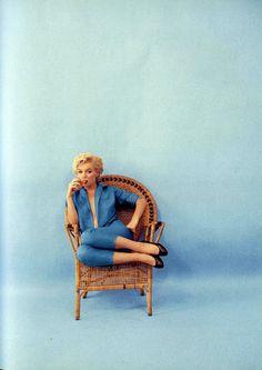 vintage everyday: Marilyn Monroe in Blue – Beautiful Portraits of Marilyn Monroe Taken by Milton Greene in 1954