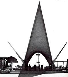 "Entrada a Unidad Deportiva ""Presidente Adolfo López Mateos"", Guadalara, Jalisco, México 1962    Arq. Alejandro Zohn -    Entrance to the ""President Adolfo Lopez Mateos"" Sports Center, Guadalara, Mexico 1962"