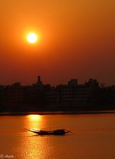 Sunset over River Ganges - Kolkata, India. India West, North India, Taj Mahal, See The Sun, West Bengal, Next Holiday, India Travel, Kolkata, Incredible India