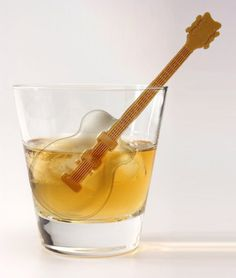 Made with Fred Cool Jazz Ice Cube Tray. I love this very much.