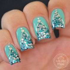 Sparkly Mint Mani  . Colors:  Ciaté - Pepperminty ✨ Nicole by OPI - Sweet Dreams .  Studs and triping tape from eBay