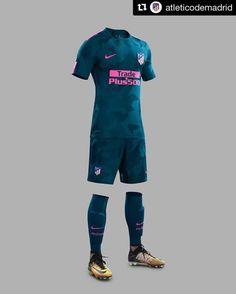 7f1a15bac7 Magliette Da Calcio, Magliette Da Calcio, Messi, Design Moda, Abbigliamento  Sportivo,